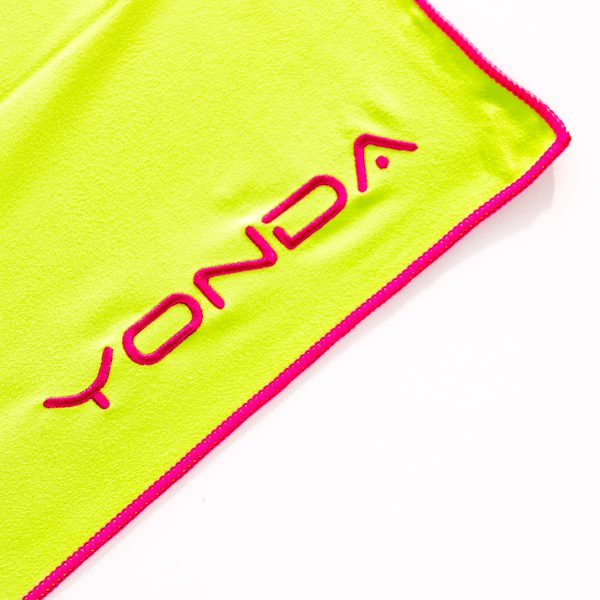 YONDA microfibre towel and mesh bag